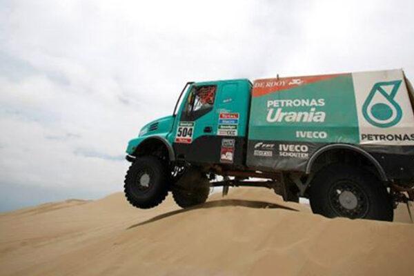 """Pilotos da equipe Petronas de Rooy Iveco são protagonistas do festival """"Les Comes 4x4"""""""