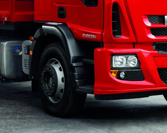 Reforma dos pneus auxilia em período de crise