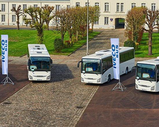 Iveco Bus entrega Crossways para as Forças Armadas francesas