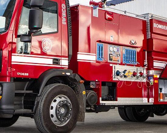 Corpo de Bombeiros de São Paulo recebe 40 caminhões Iveco